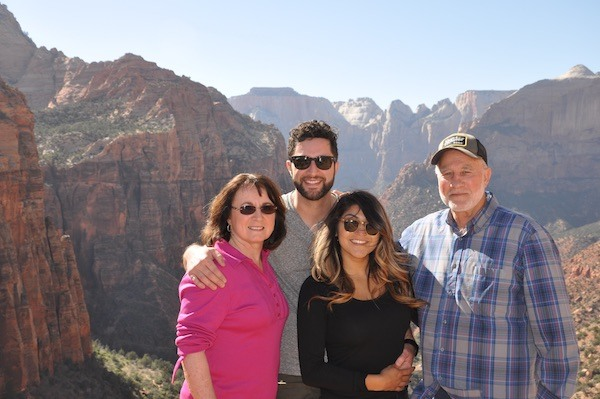 Family Picture Canyon Overlook