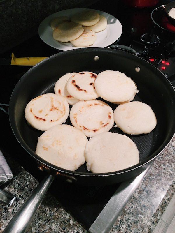Recipe: Arepas con Carmen 7