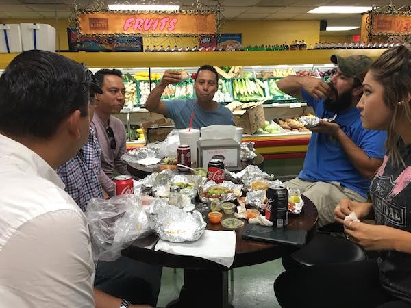 Los Meros Meros Eating Tacos