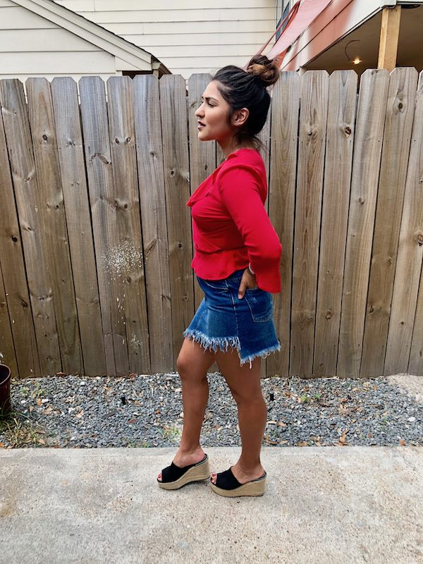 Side View Summer Jean Skirt Red Top
